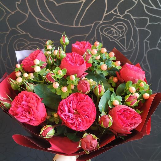 Рози: букеты цветов на заказ Flowwow