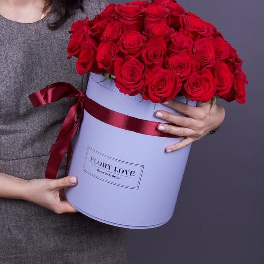 51 роз премиум в голубой шляпной коробке Эквадор