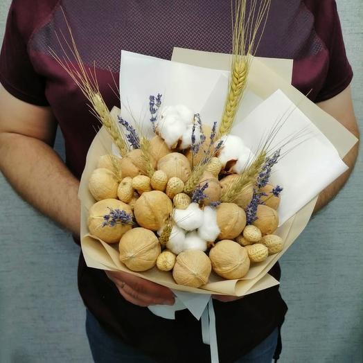Орехи, сухоцвет и хлопок