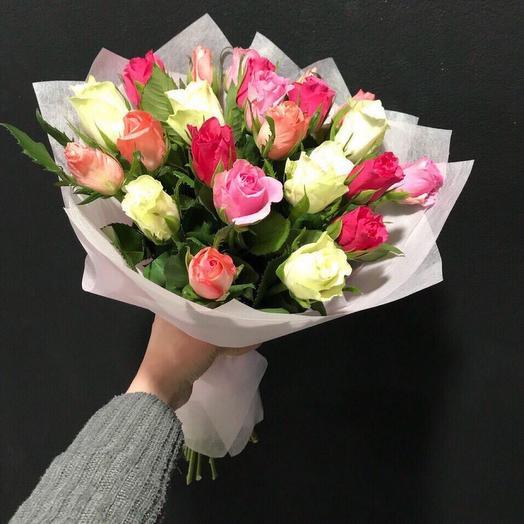 Букет из 25 роз «Кении» микс
