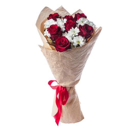 Букет 7 Красных Роз и Хризантема