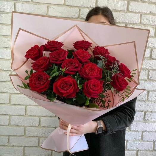 15 красных роз️️ (60 см)