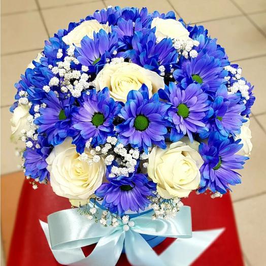 Коробочка синих хризантем