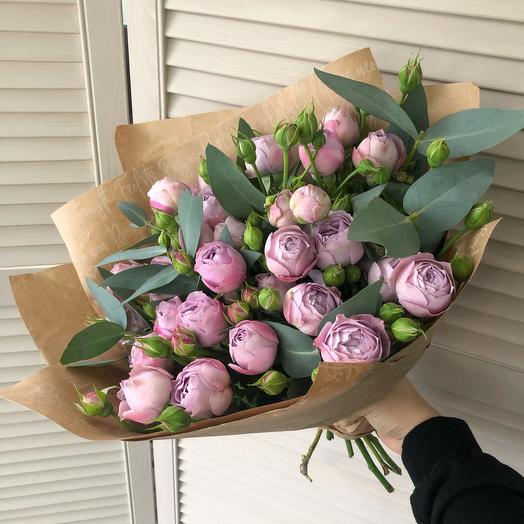 Букет с пиноаидными розами