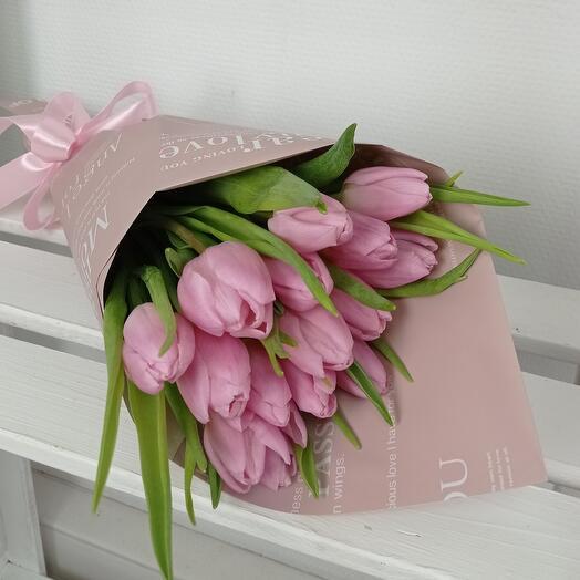 """""""Весенний комплимент для тебя"""" 15 нежных тюльпанов"""