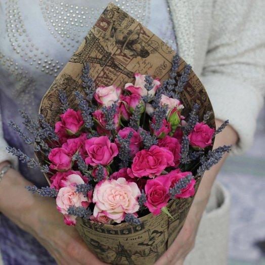 Роза Лаванда Maxi: букеты цветов на заказ Flowwow