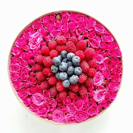 Полезная ягода: букеты цветов на заказ Flowwow