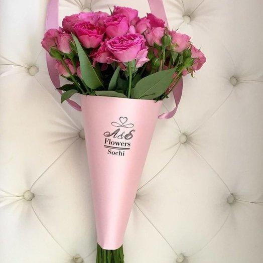 Конус с пионовидной розой: букеты цветов на заказ Flowwow