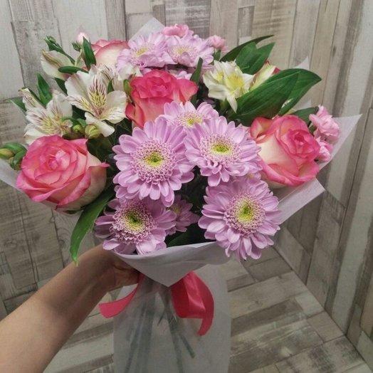 Букет с розами и хризантемами: букеты цветов на заказ Flowwow