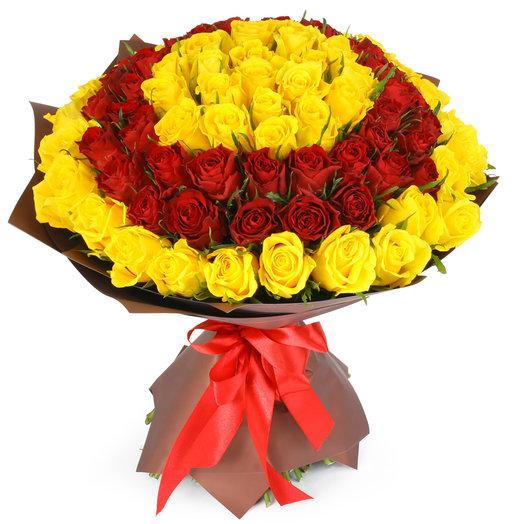 """Букет из 101 красной и желтой розы """"Фермуар"""": букеты цветов на заказ Flowwow"""