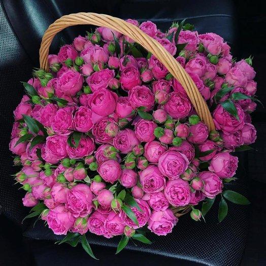 Корзина с пионовидными розами Мисти Баблз