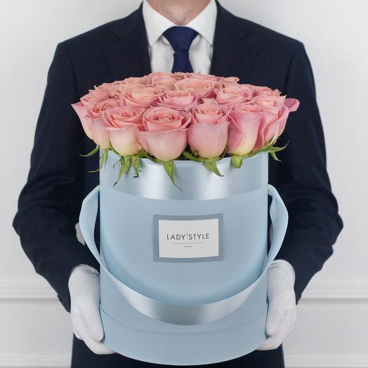 Эквадорские розы в шляпной коробке L: букеты цветов на заказ Flowwow