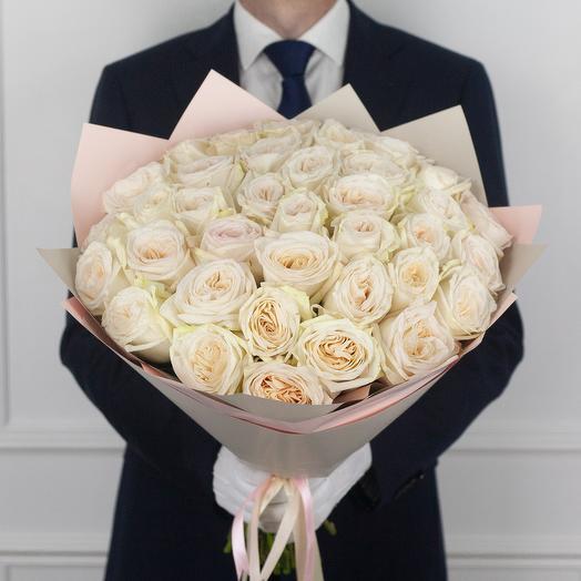 Букет из 35 ароматной эквадорской розы White O Hara: букеты цветов на заказ Flowwow