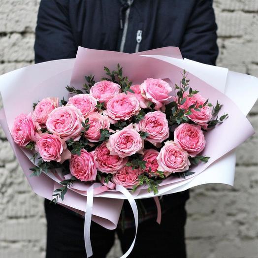 Поцелуй Виктории: букеты цветов на заказ Flowwow