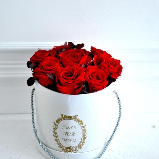 Букет из неувядающих роз (размер М): букеты цветов на заказ Flowwow