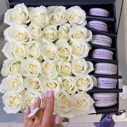 КОРОБКА БЕЛОСНЕЖНАЯ РАДОСТЬ: букеты цветов на заказ Flowwow