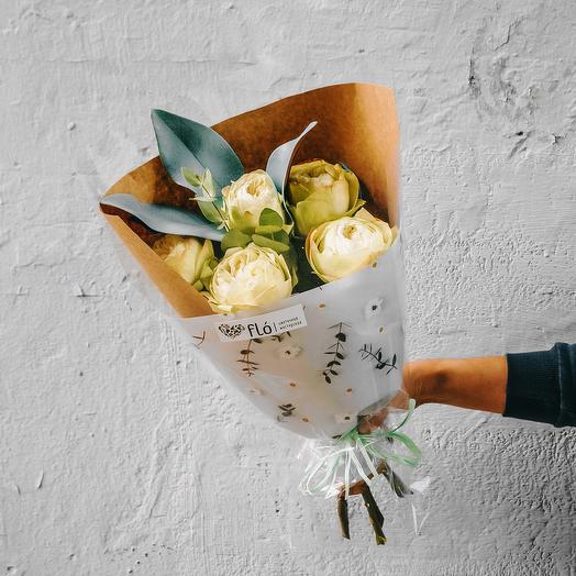Букет из 5 роз Khela
