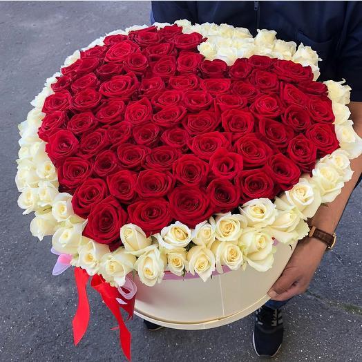 "121 роза в шляпной коробке ""Моё сердце""️: букеты цветов на заказ Flowwow"