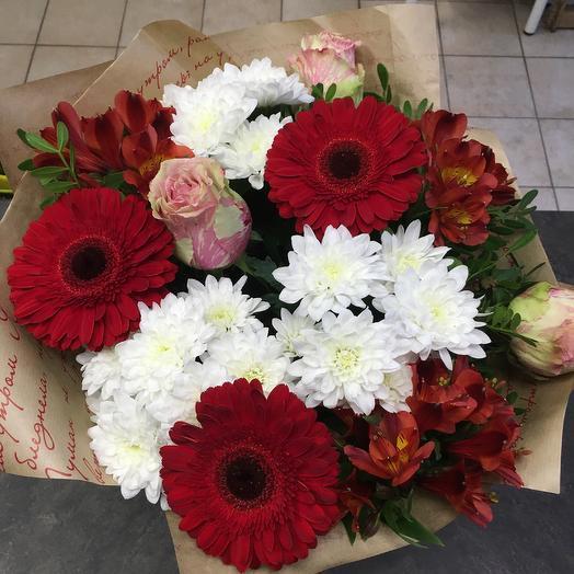 Четыре желания: букеты цветов на заказ Flowwow