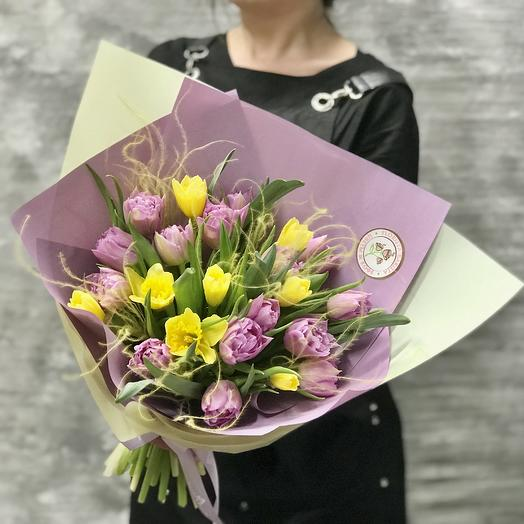 Букет Тюльпанов и нарциссов: букеты цветов на заказ Flowwow