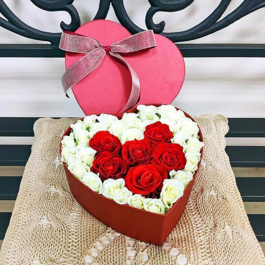Сердце в коробочке 3: букеты цветов на заказ Flowwow