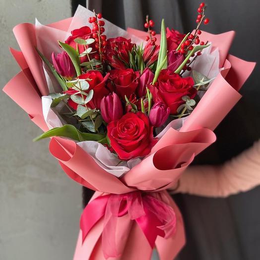 Моно красный: букеты цветов на заказ Flowwow