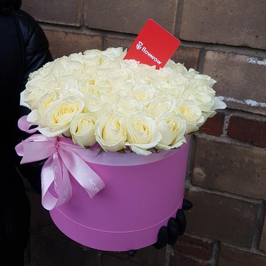 В коробке 51 Роза