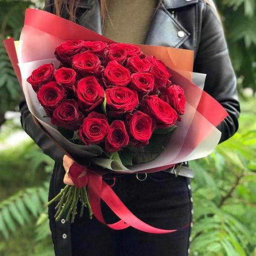 Букет из 21 красной розы Ред Наоми