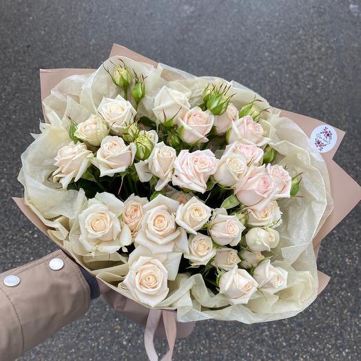 Букет ванильных роз