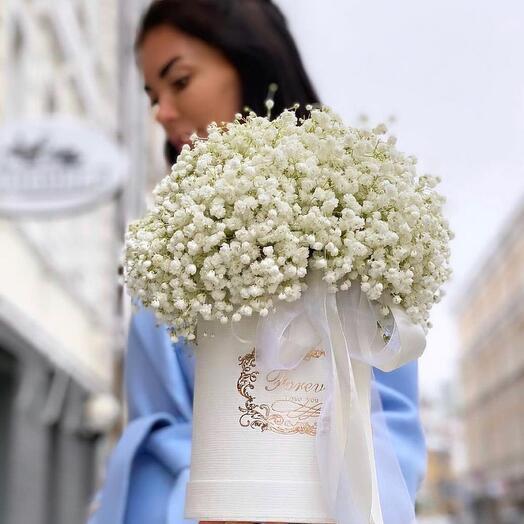 Цветы в коробке «Воплощение нежности»