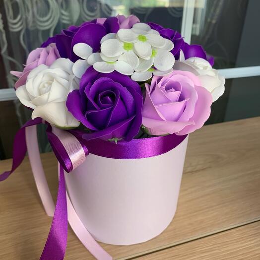Фиолетовые розы из мыла