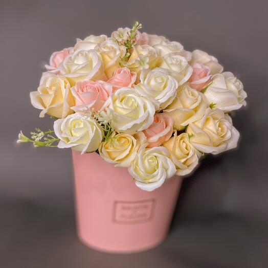 Очень нежный букет из 29 роз
