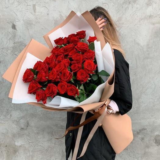 Букет из 31 красной розы премиум