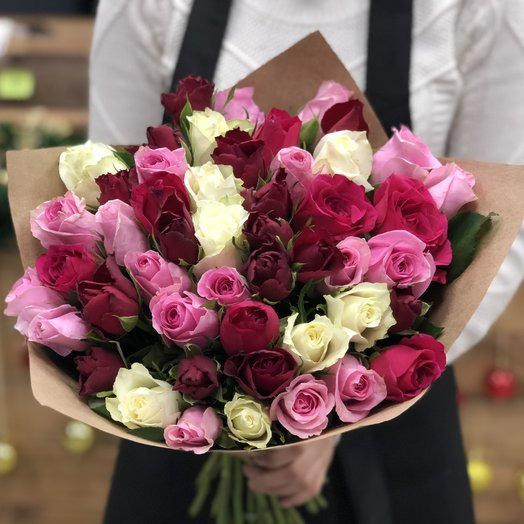Букет из 51 розы 40 см: букеты цветов на заказ Flowwow