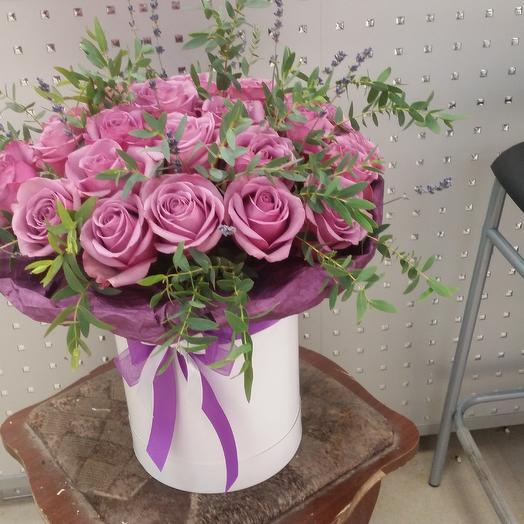 Шляпная кробка: букеты цветов на заказ Flowwow