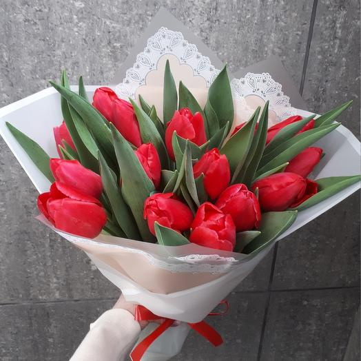 Тюльпаны красные бомбочки: букеты цветов на заказ Flowwow