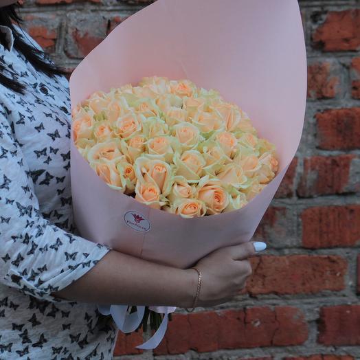 Букет 51 персиковая роза