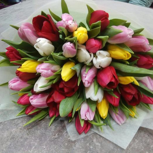 Букет тюльпанов микс 51: букеты цветов на заказ Flowwow