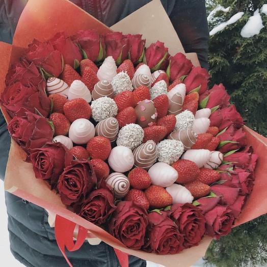 Клубничный букетик «Вау»: букеты цветов на заказ Flowwow