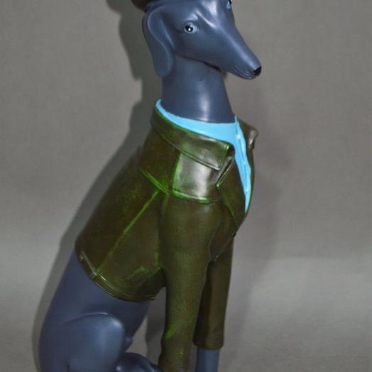 Фигура Собака в шляпе, h43 см, полистоун, W26-14: букеты цветов на заказ Flowwow