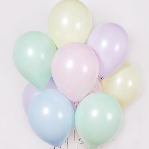 7 helium balloons