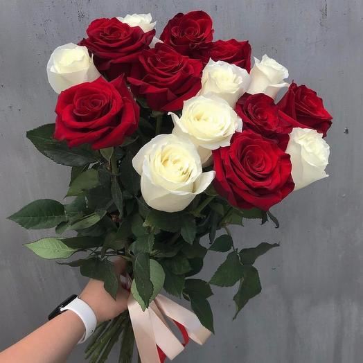 Роза 15 шт