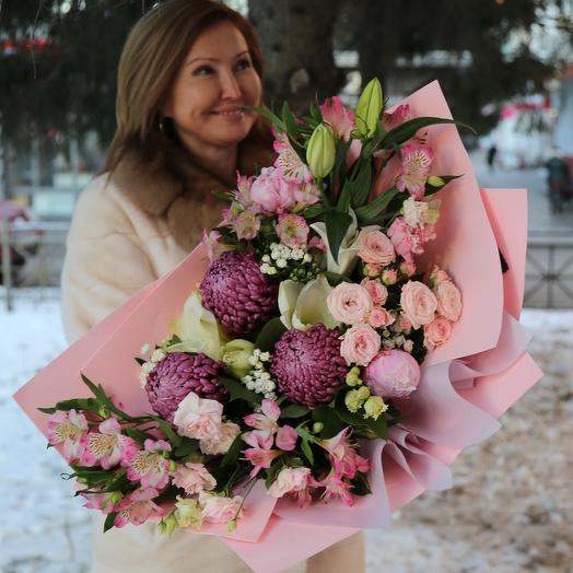 Букет Хризантем, Альстромерий и Роз