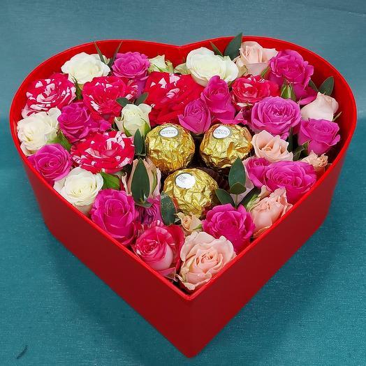 """Цветы в коробке """"Сладкая роза"""""""