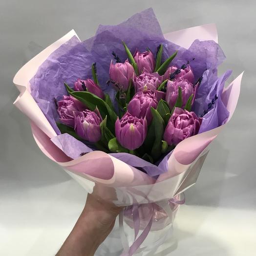 Букет с пионовидными тюльпанами