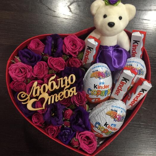 Цветы в коробке 0590