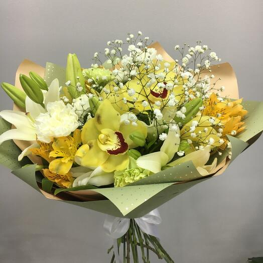 Bouquet with an orchid