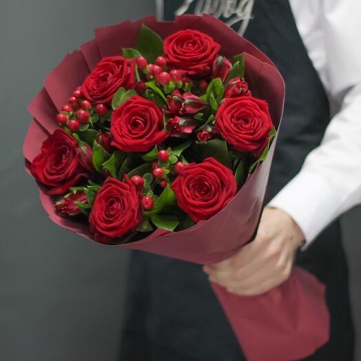 Букет цветов «Пламя любви»