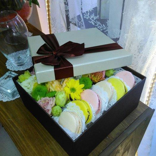 Коробочка с сюрпризом: букеты цветов на заказ Flowwow