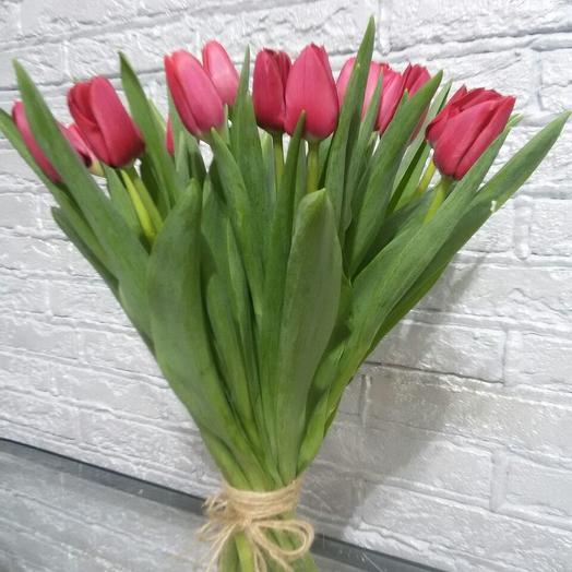 Букет из 17 розовых тюльпанов: букеты цветов на заказ Flowwow